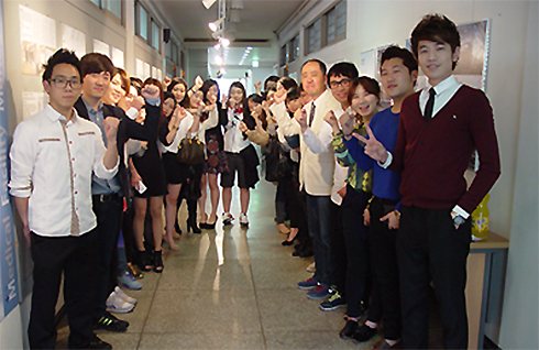 정형외과 인테리어디자인 전시회 개최